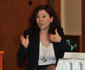 Takács Júlia, az EMVFE (Első Magyar CSR Egyesület) elnöke, a CSR Hungary ügyvezető igazgatója